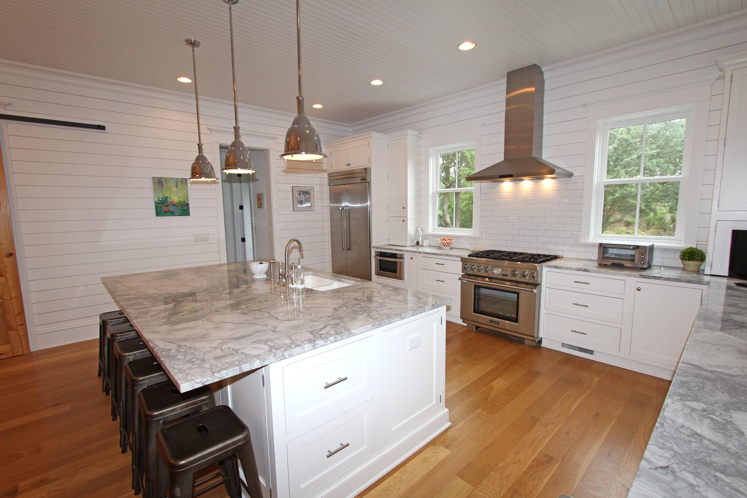 kitchen - view 1.jpg