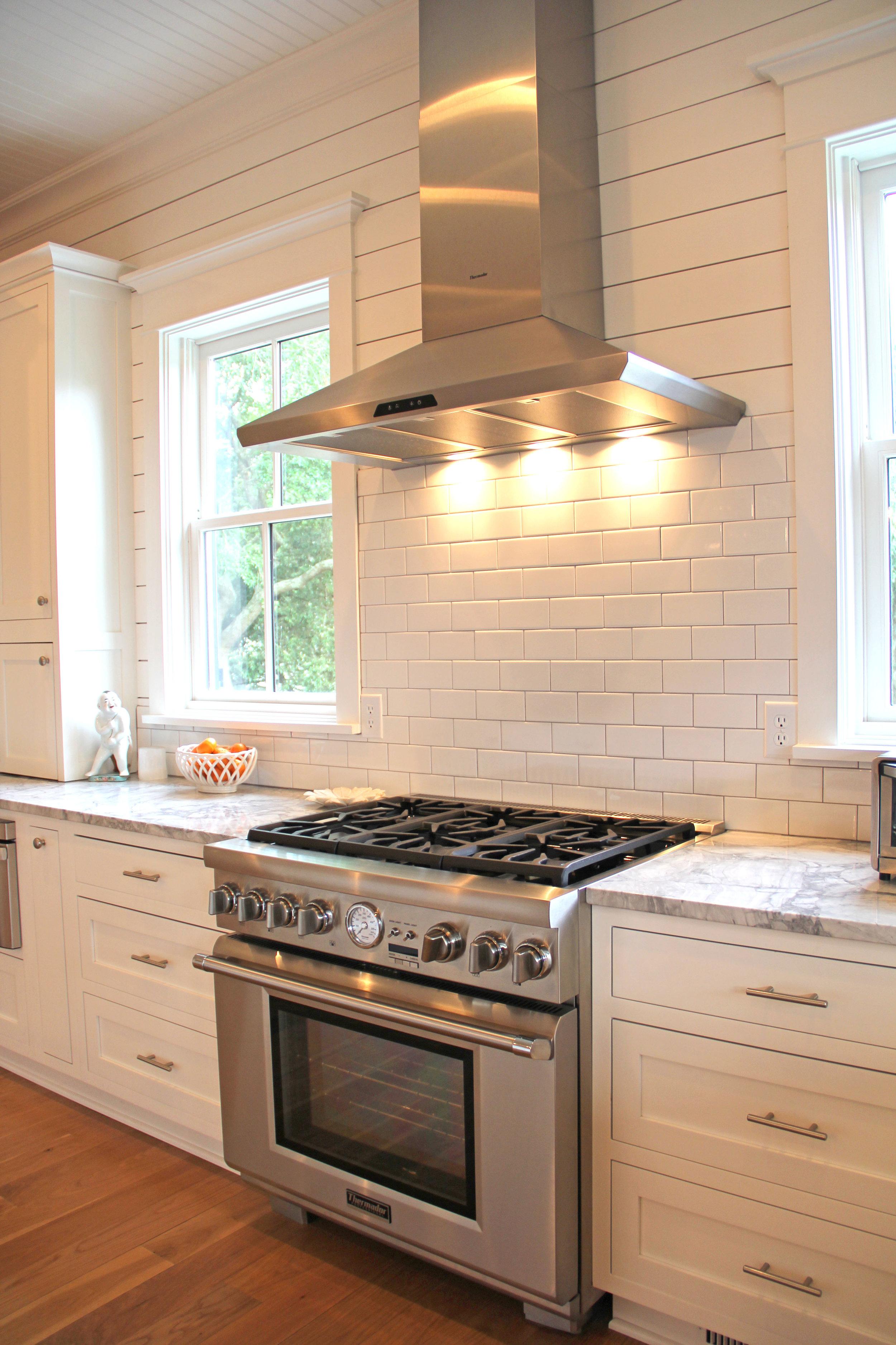 kitchen - range.jpg