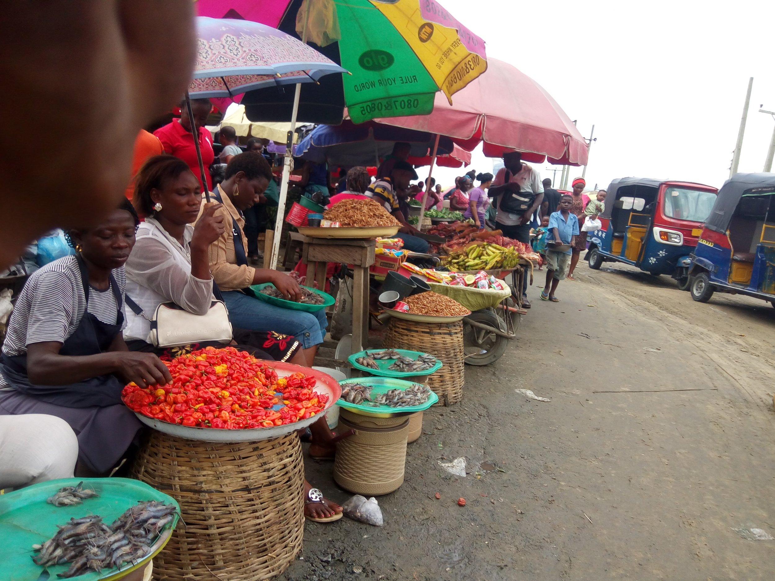 A market in Bayelsa. Photo Credit: Eseharrison , Swali Market, Swali. Bayelsa, Nigeria , CC BY-SA 4.0