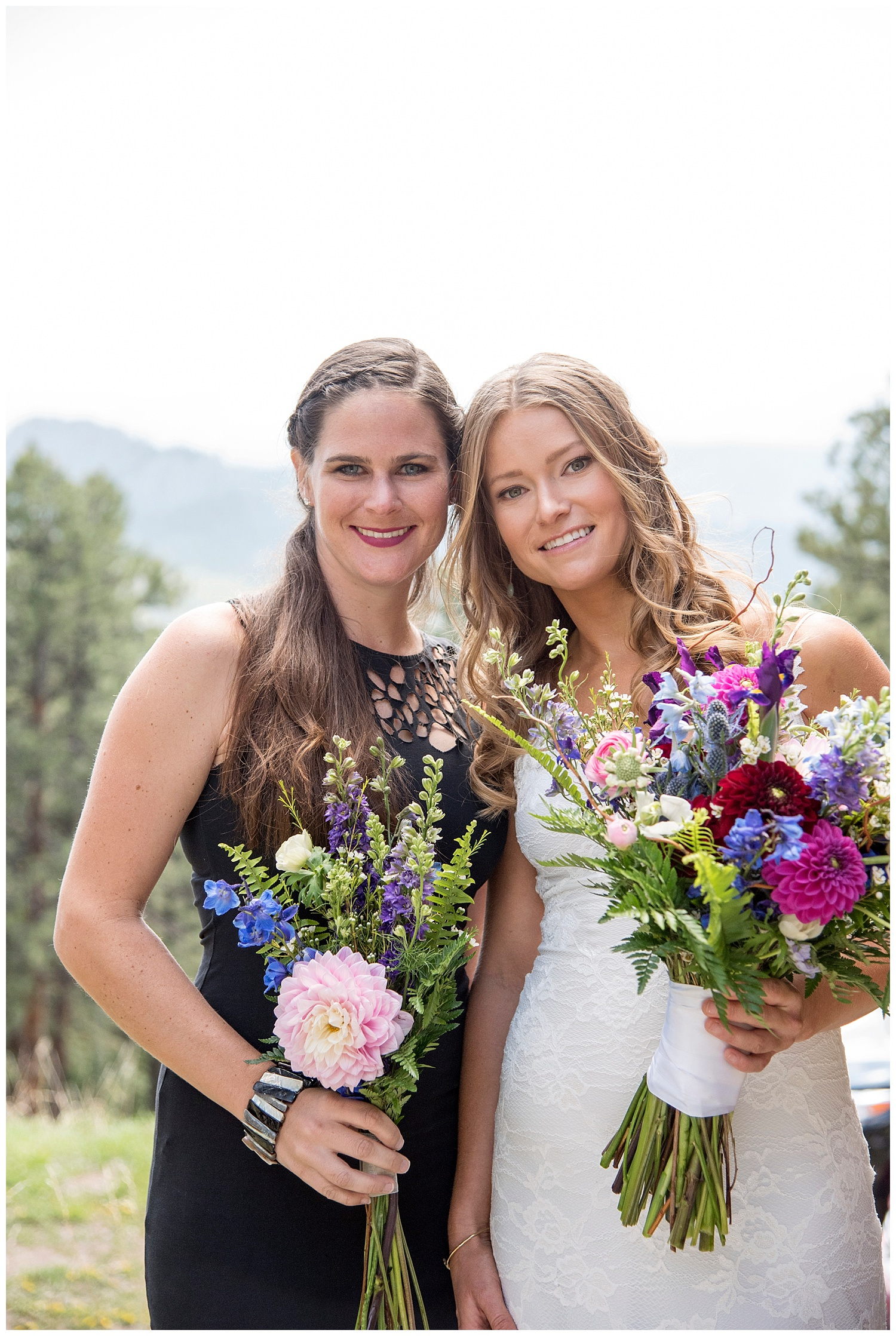 Farm_Wedding_Photographer_Evergreen_Lake_House_Colorado_Barn_Destination_Hawaii_Photography_Mountain_Weddings_018.jpg