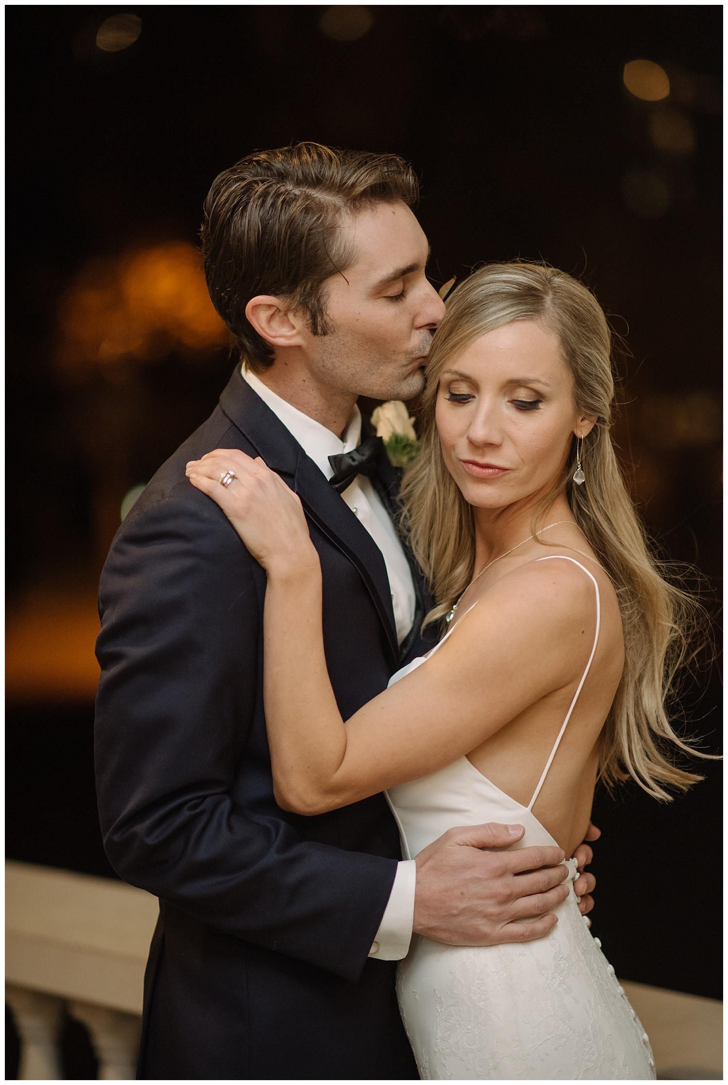 Denver_Wedding_Photographer_Grant_Humphreys_Mansion_Classic_Weddings_Photography_Urban_Romantic_025.jpg