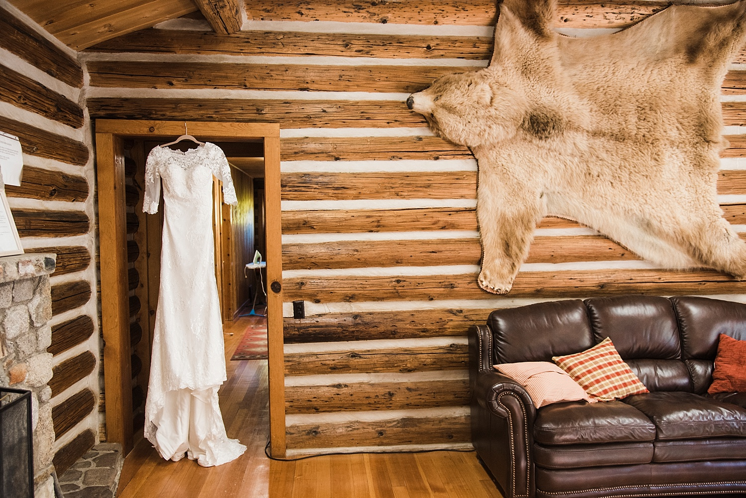 Buena_Vista_Destination_Wedding_Photographer_Apollo_Fields_Colorado_0001.jpg