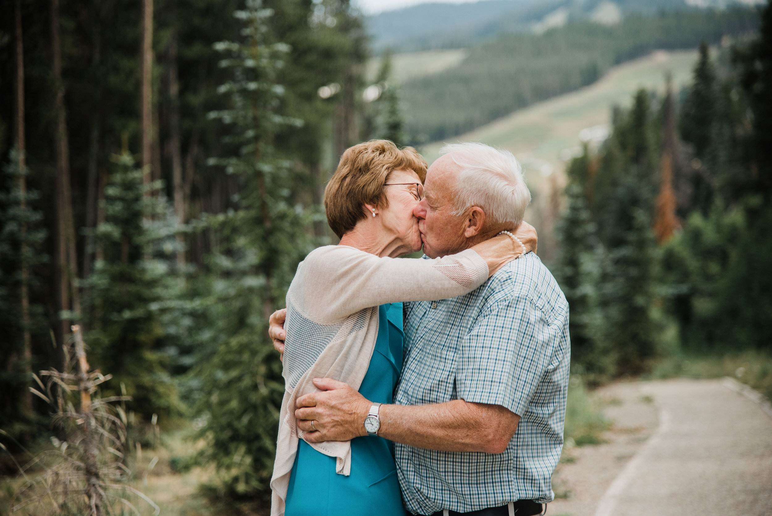 Grandparents_Session_Family_Breckenridge_Apollo_Photo_42.jpg