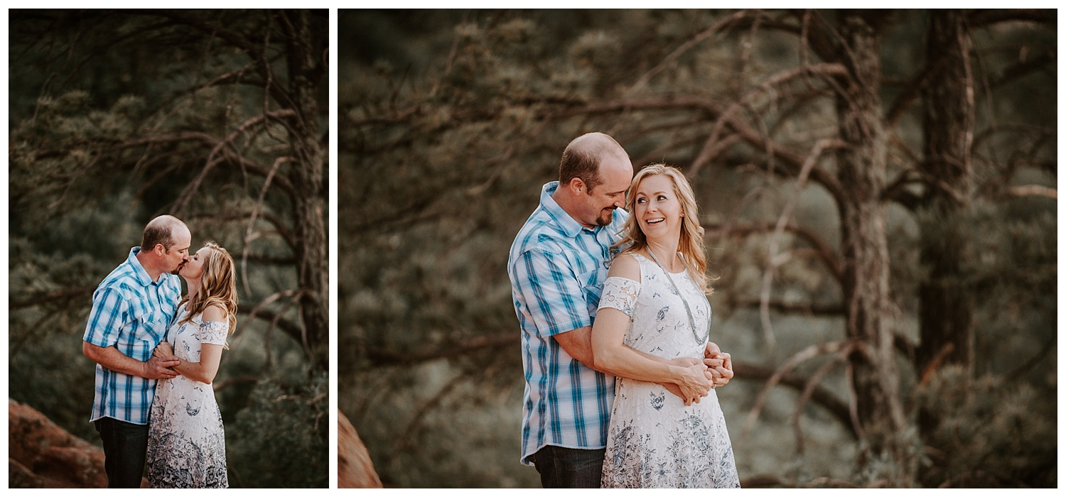Garden_of_the_Gods_Engagement_Session_Colorado_Springs_Apollo_Fields_09.jpg