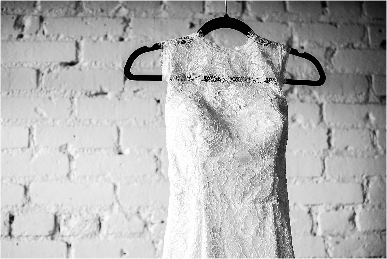 Denver_Wedding_Photography_Skylight_Urban_Venue_Modern_Bride_004.jpg