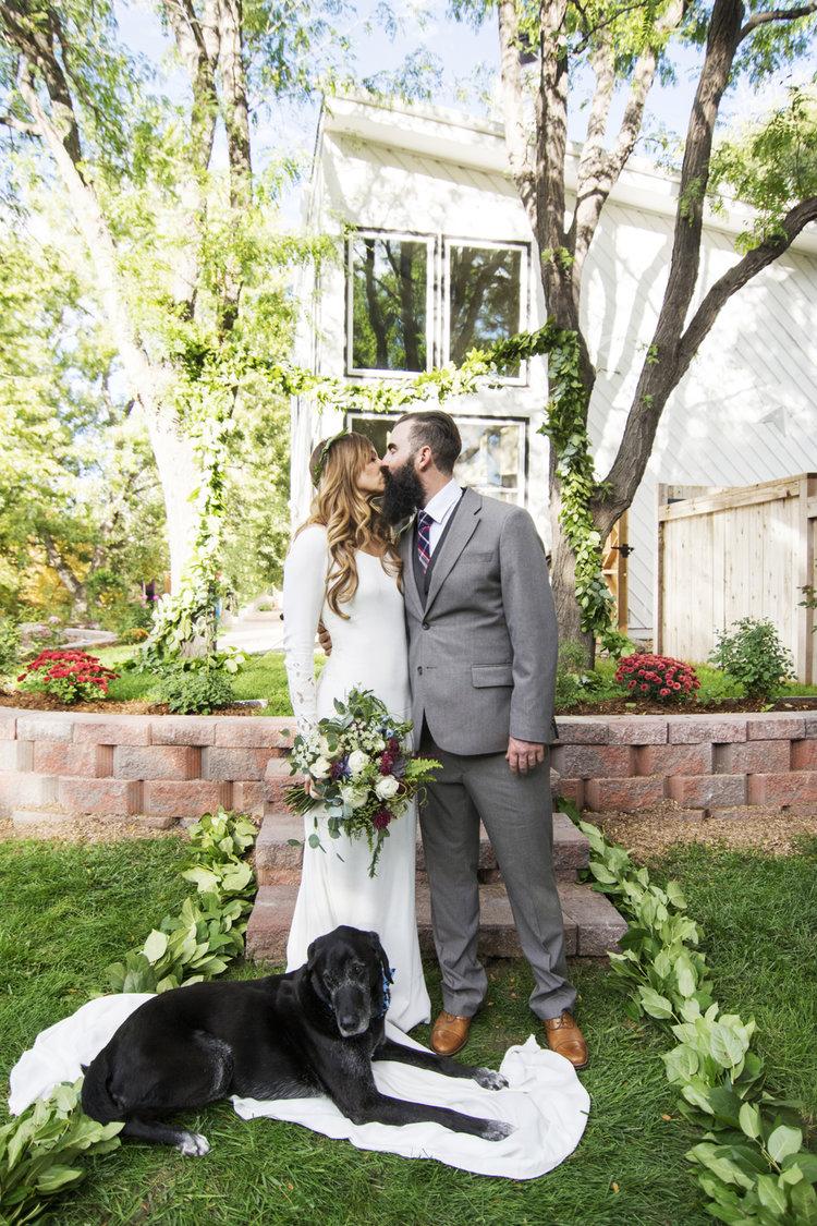 Colorado_Wedding_Photographer_Apollo_Fields_Boho_Dog.jpg