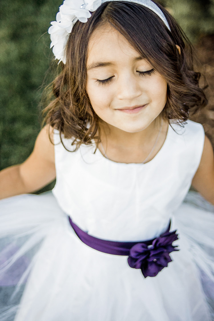 Colorado_Wedding_Photographer_Apollo_Fields_Flower_Girl.jpg