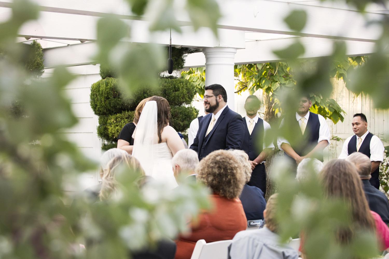 Colorado_Wedding_Photographer_Apollo_Fields_Garden.jpg