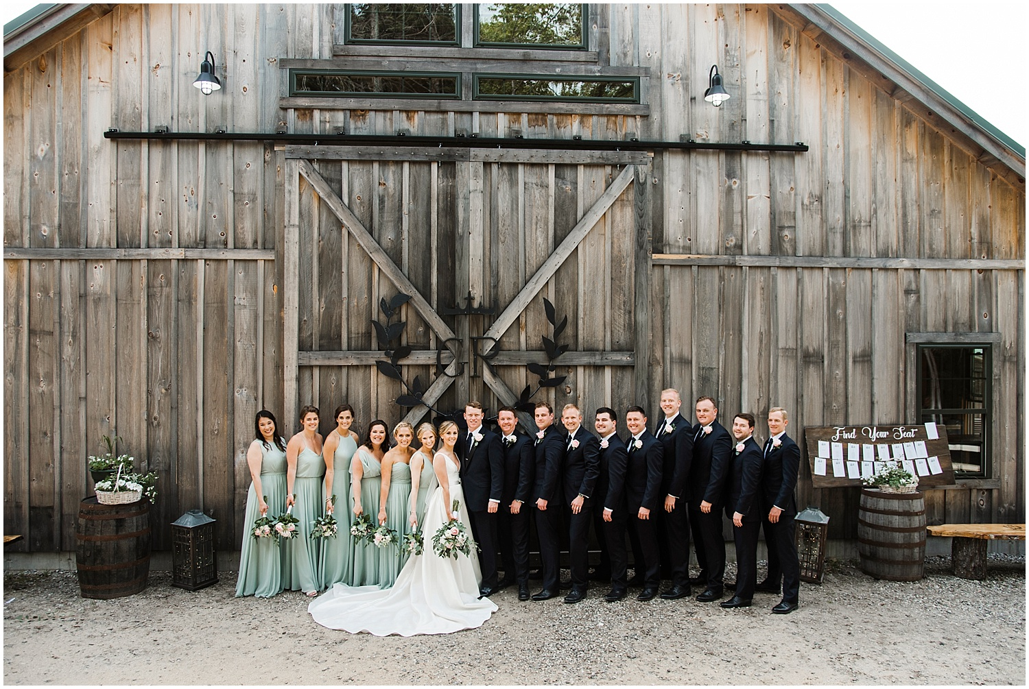 Apollo_Fields_Granite_Ridge_Estate_And_Barn_Wedding_011.jpg
