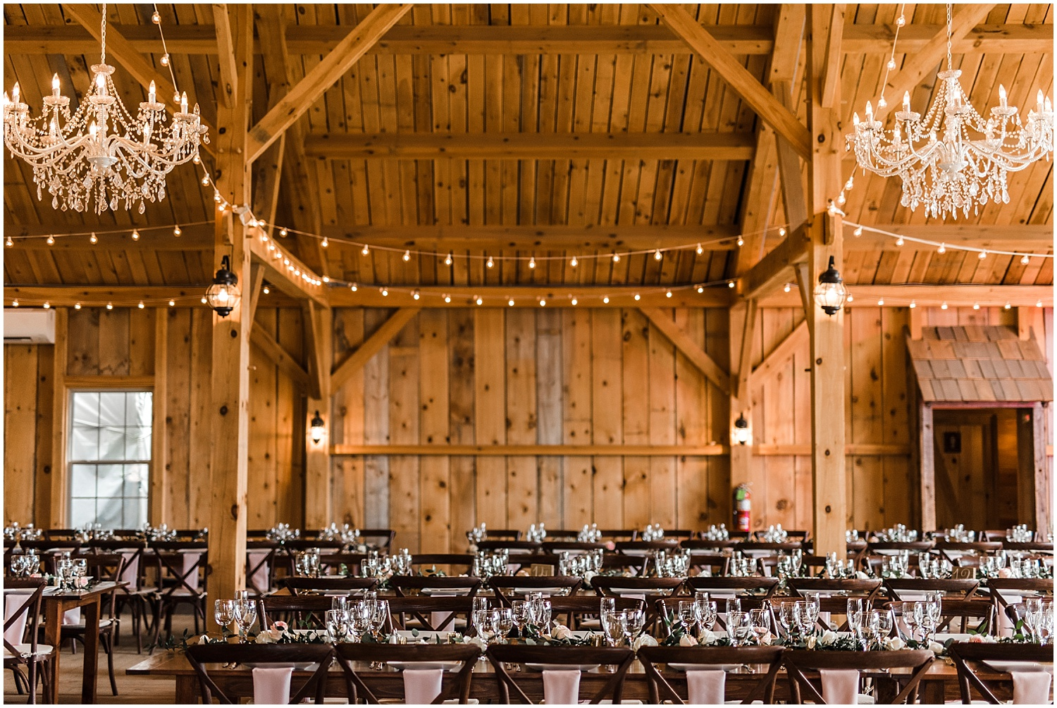 Apollo_Fields_Granite_Ridge_Estate_And_Barn_Wedding_015.jpg