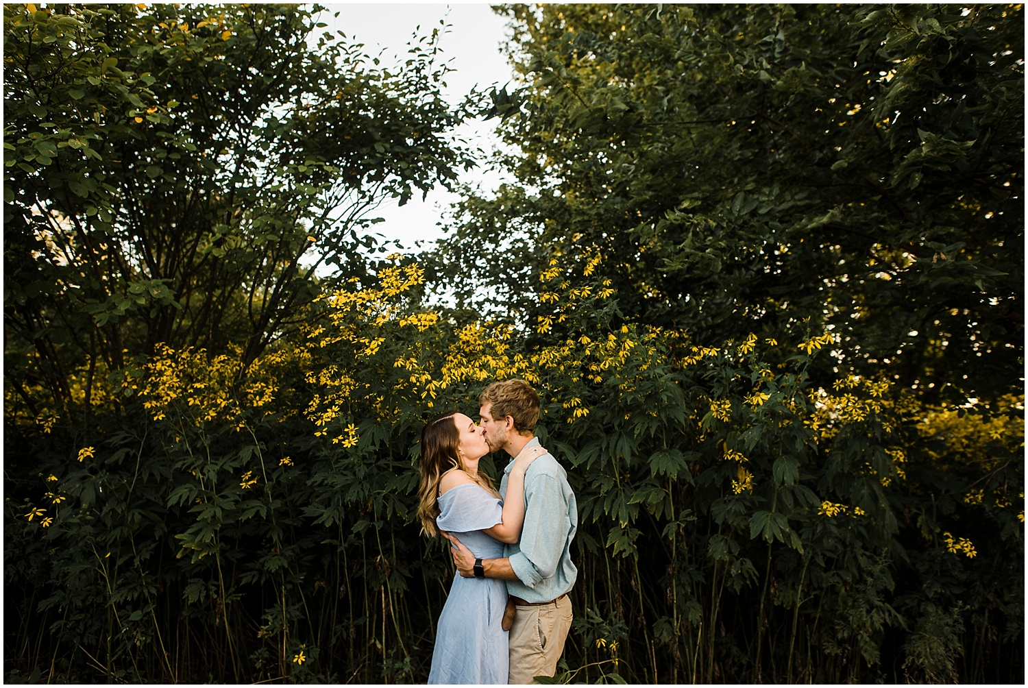 Beacon-NY-Engagement-Photos-Apollo-Fields-02.jpg