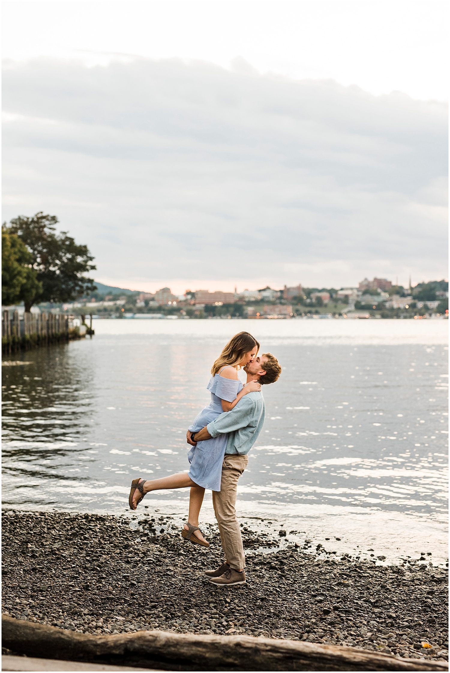 Beacon-NY-Engagement-Photos-Apollo-Fields-01.jpg