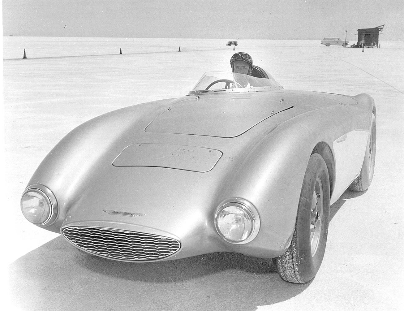 Speed-Bonneville-Austin-Healey.jpg