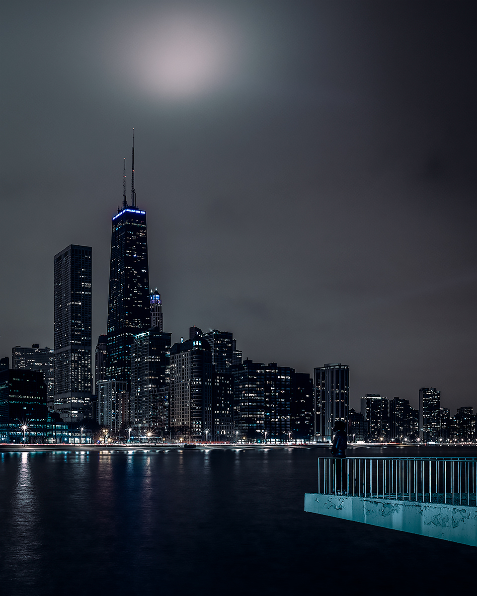 Chicago Lakefront - Chicago, Illinois. @craigpittsphoto