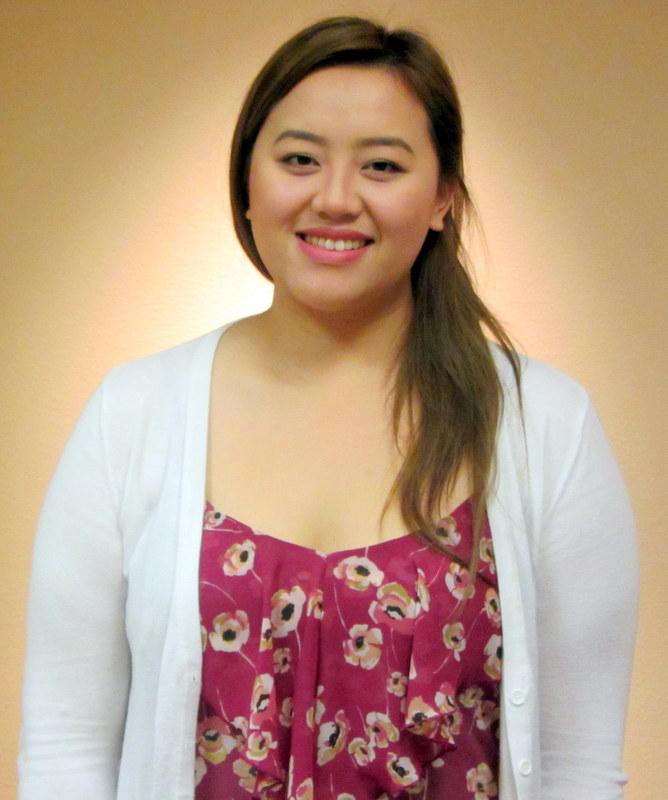Elizabeth Vang, Administrative Assistant