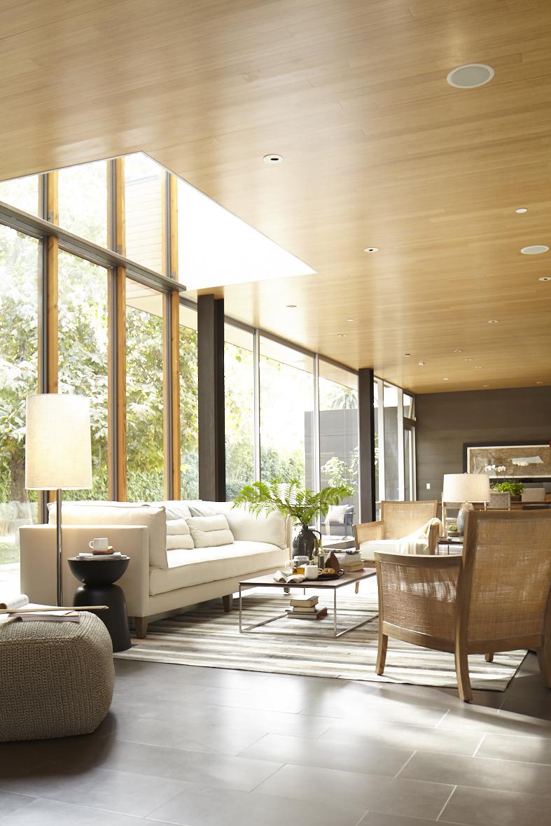 shaunsullivan_livingroom_poppycreativeagency.jpg