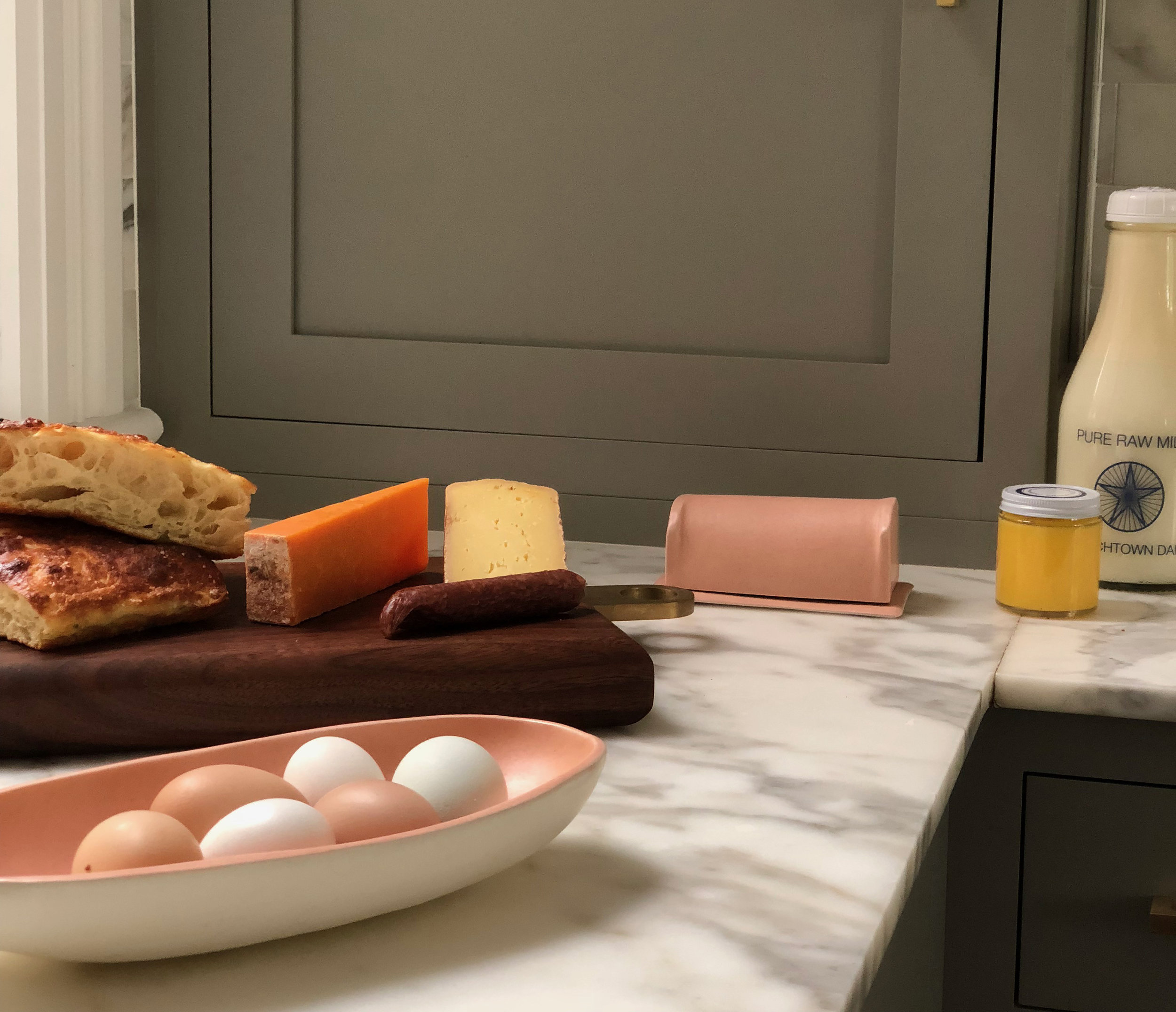 PANTRY - WKND-R will stock your home with perishable and non-perishable goods tailored to each client's needs and personal taste. From a specific light bulb that you always forget to order to the local cheese that you never have time to buy.Stocking fridge with local provisionsArranging and picking up CSAFlowersWine/Alcohol/MixersHousehold Products & Sundries
