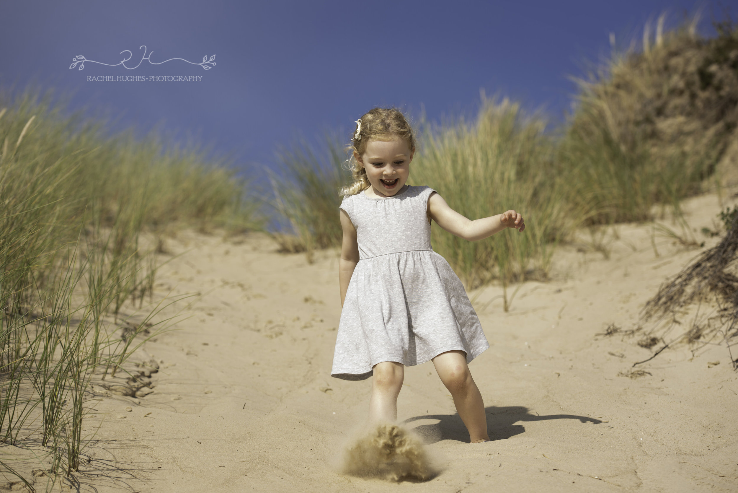 Jersey photographer - girl at St Ouen's sand dunes