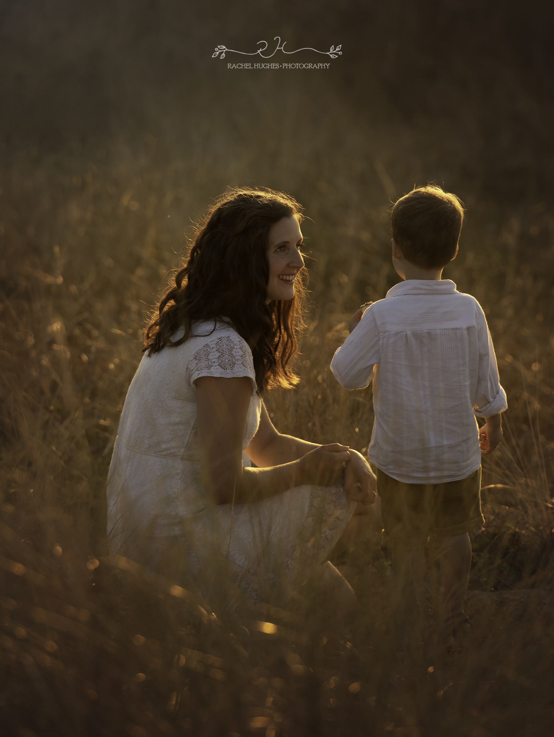 Jersey photographer - mother and sun in sunset dunes
