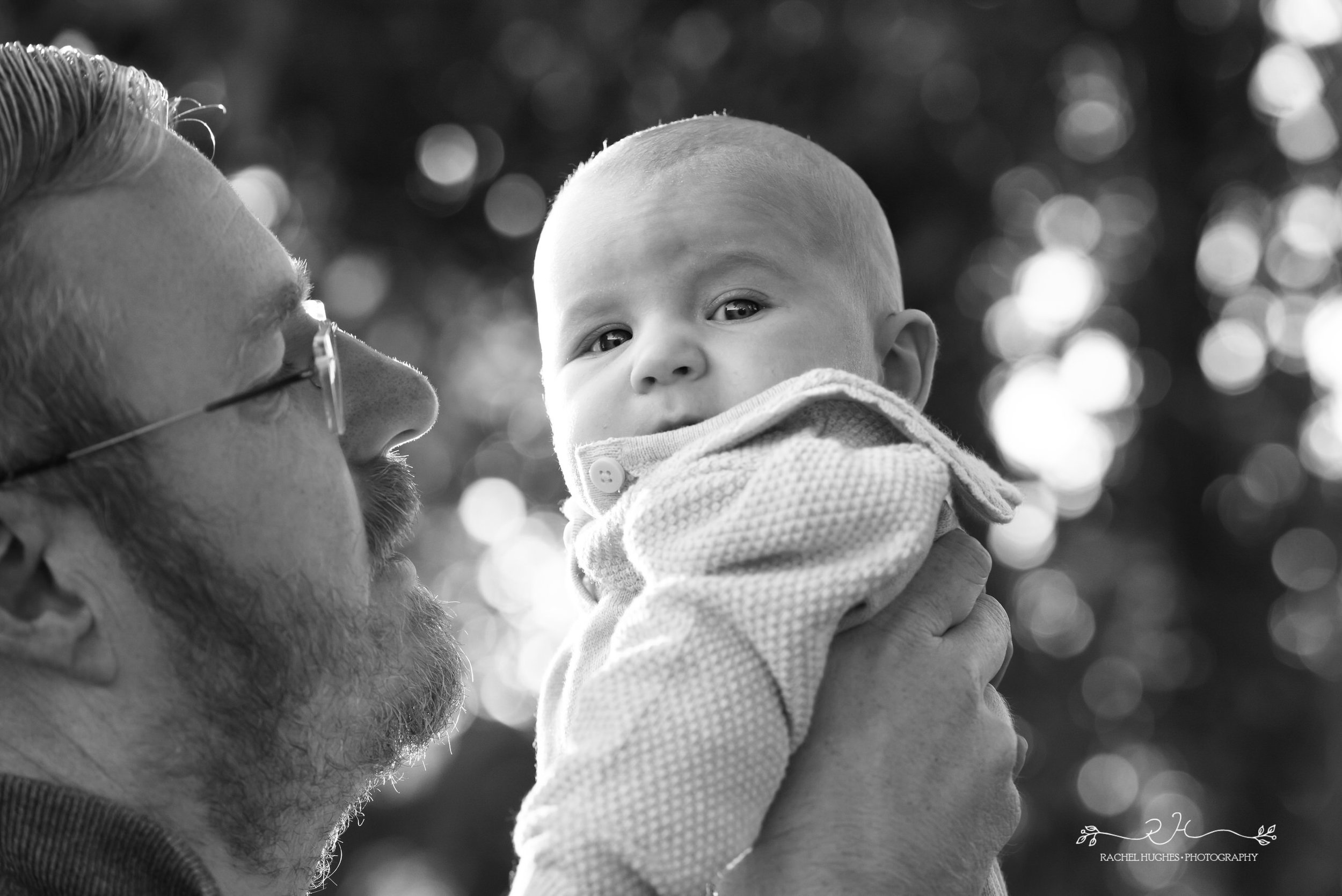 Jersey photographer - baby in Dad's arms