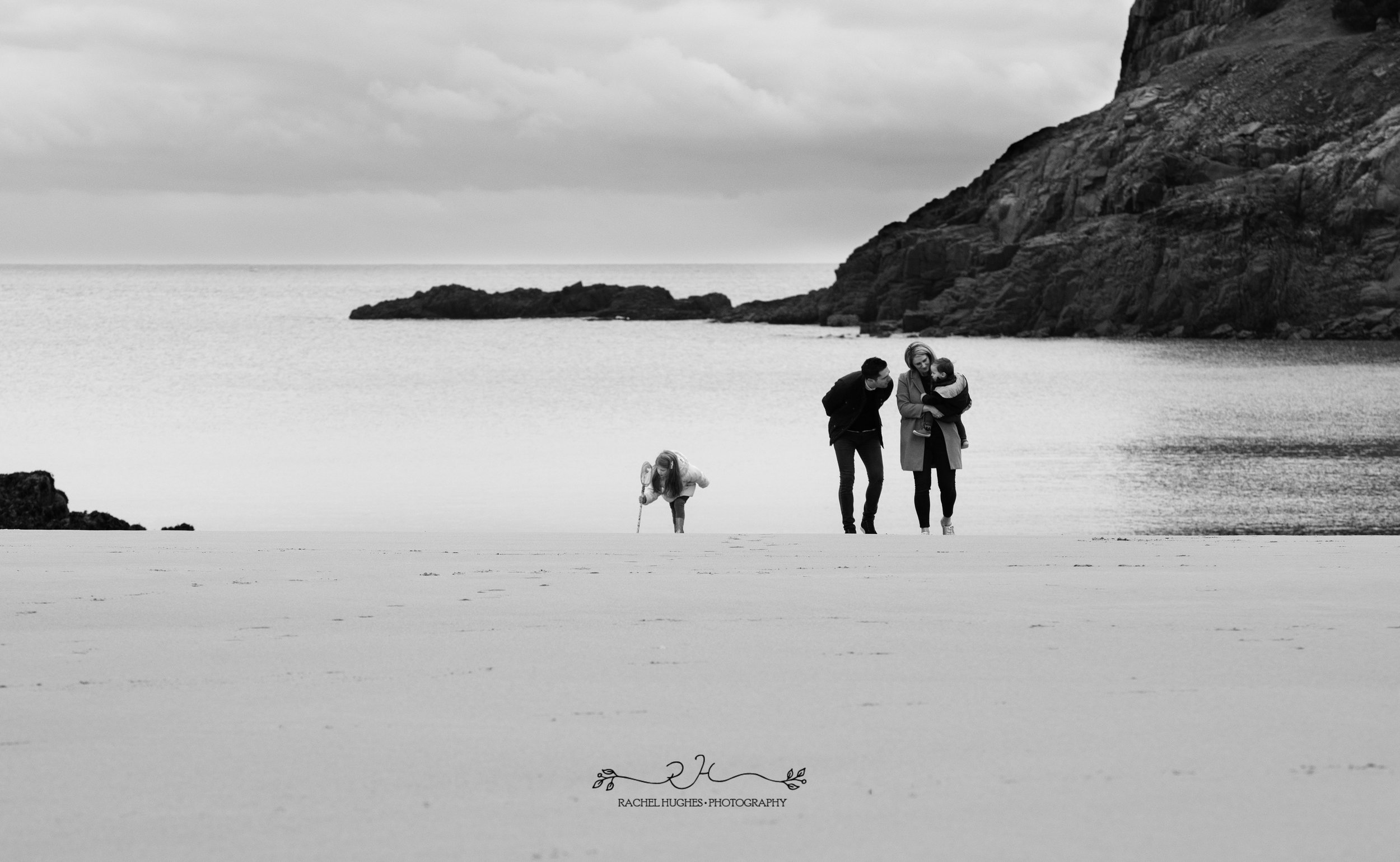 Jersey photographer: family at Portelet beach