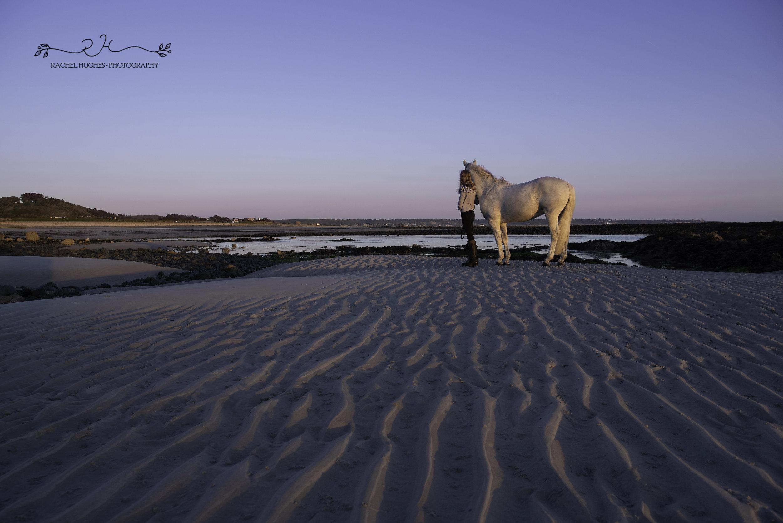 Jersey photographer - sunset at L'Etacq beach