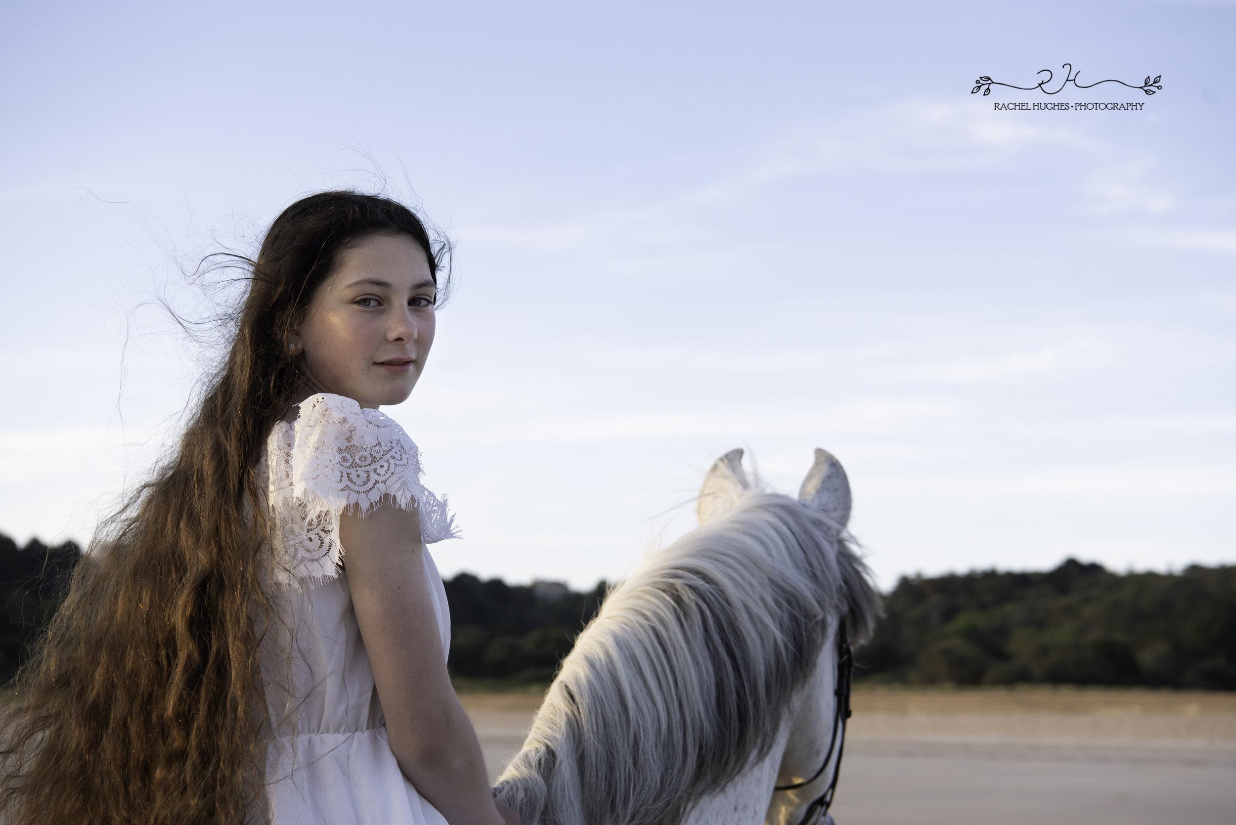 Jersey photographer - girl on horse at Ouaisne Bay