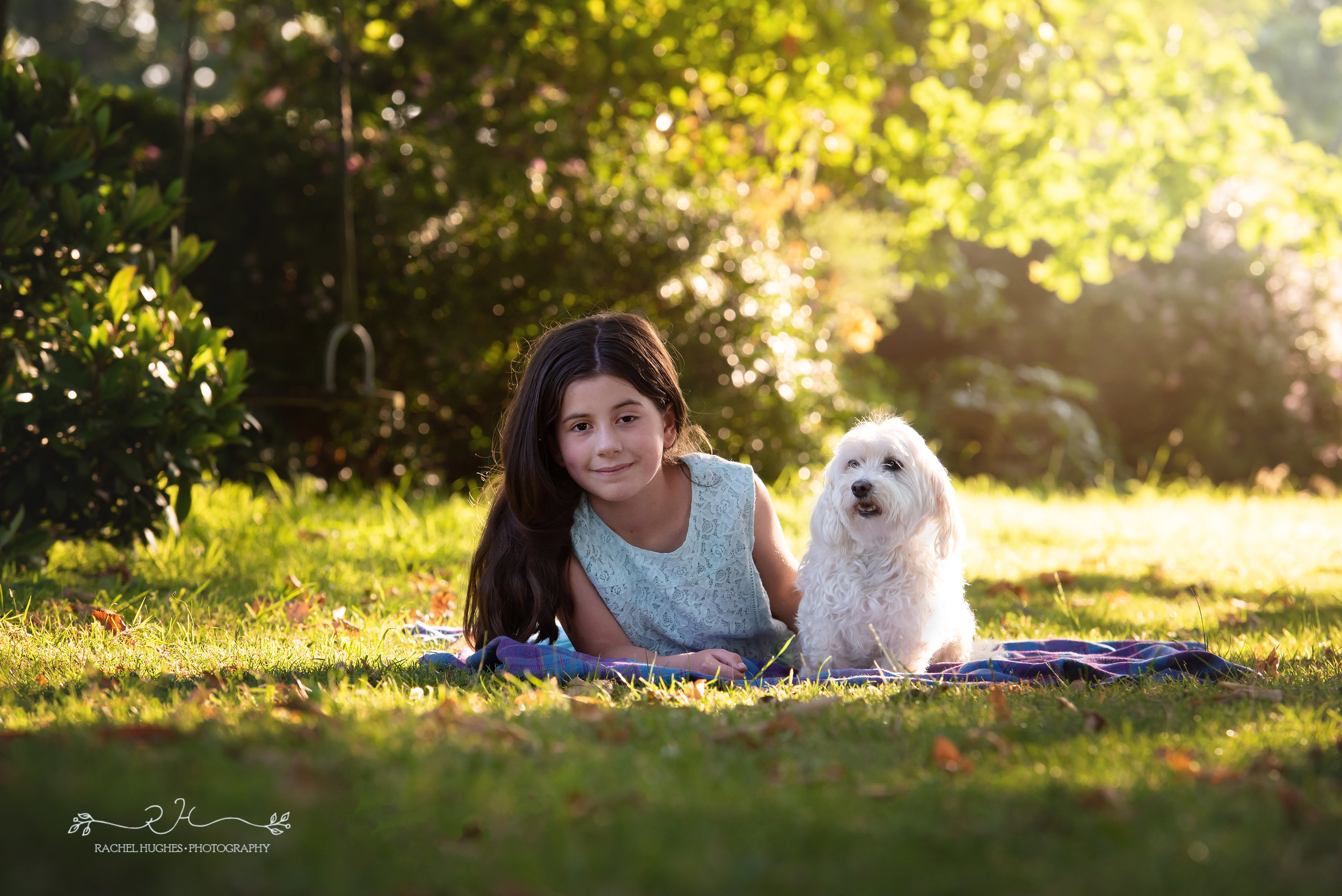 Jersey photographer - girl and her dog on the lawn