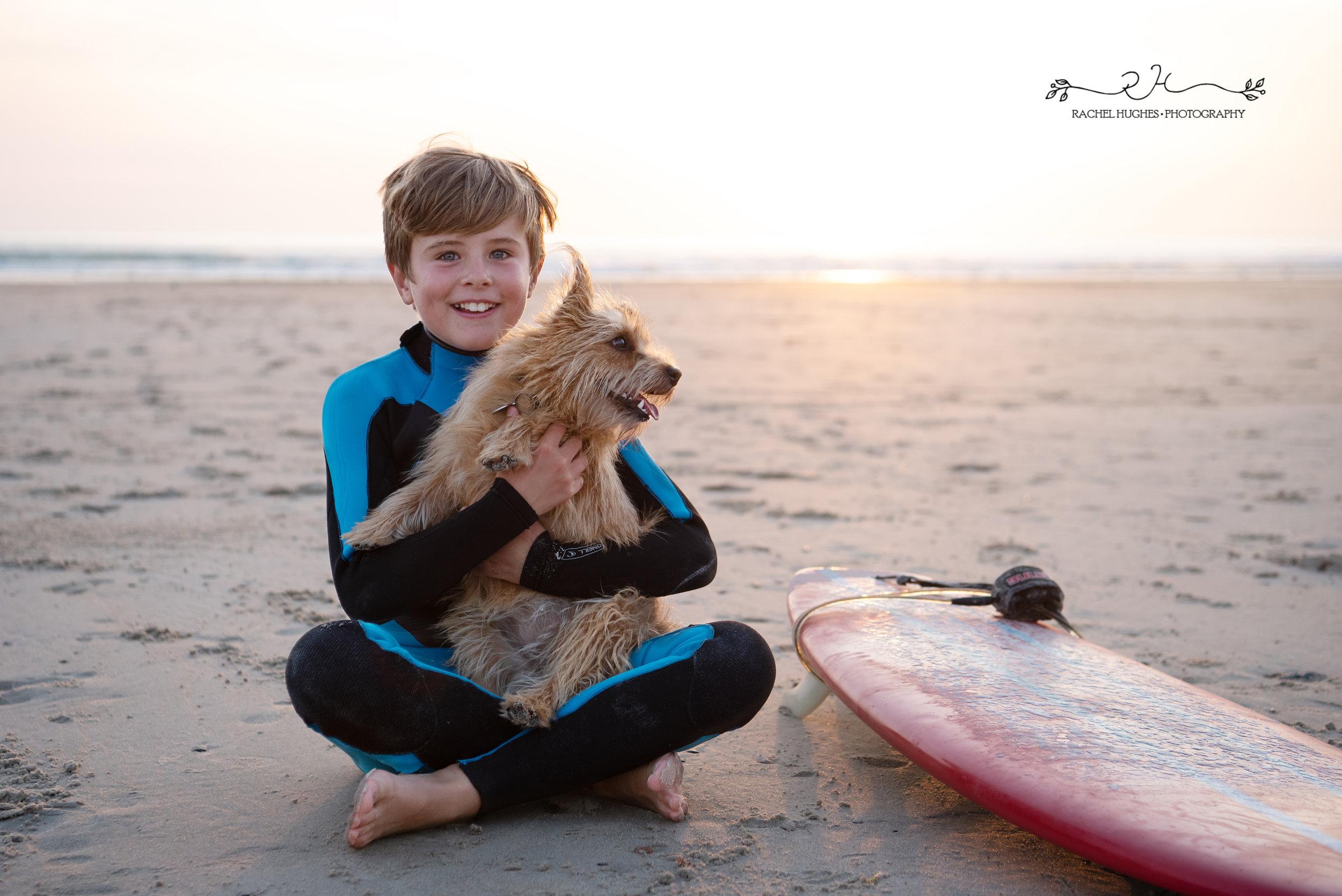 Jersey photographer  - surfer boy holding pup