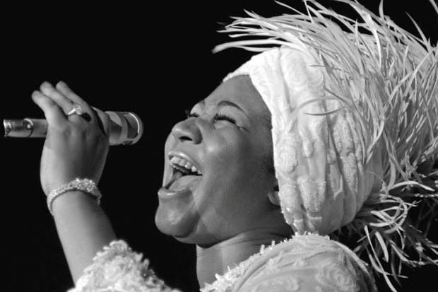 Rest In Peace queen of soul . #empoweringwomen #soul #blackandwhite