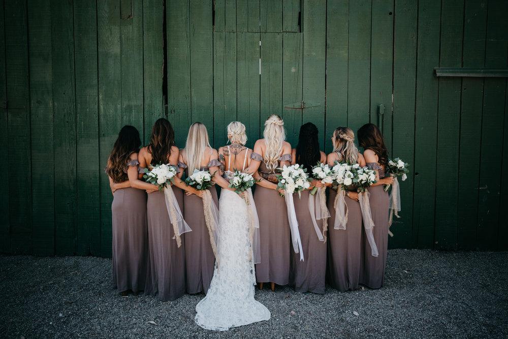 6dd17-devlinwedding_bridesmaids38.jpg