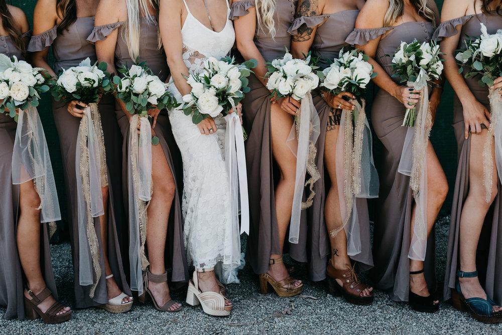 83dc8-devlinwedding_bridesmaids7.jpg