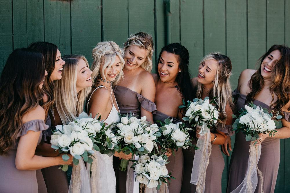 a7f72-devlinwedding_bridesmaids16.jpg