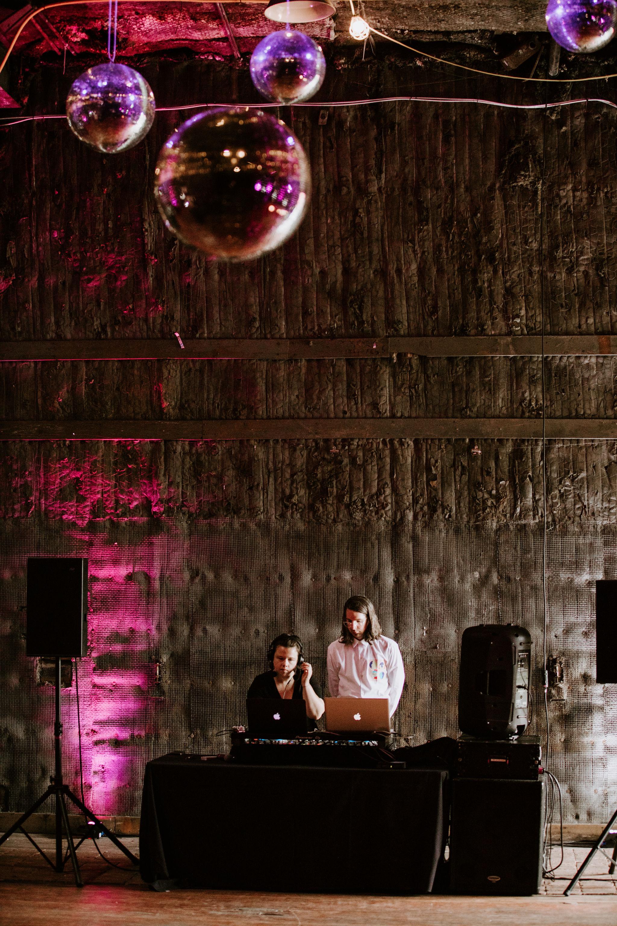 DetroitIndustrialWedding_Geoff&LyndsiPhotography_Alex&Jen_Reception21.jpg