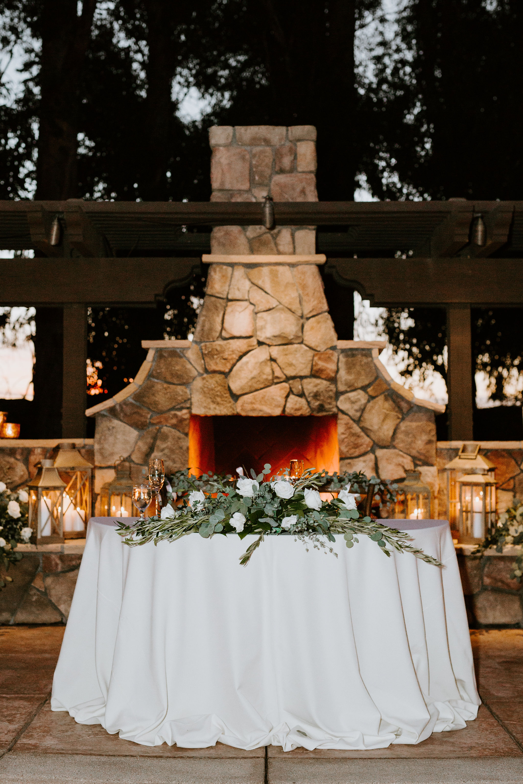 WalnutGroveWedding_Geoff&LyndsiPhotography_Casie&Matt_Reception8.jpg