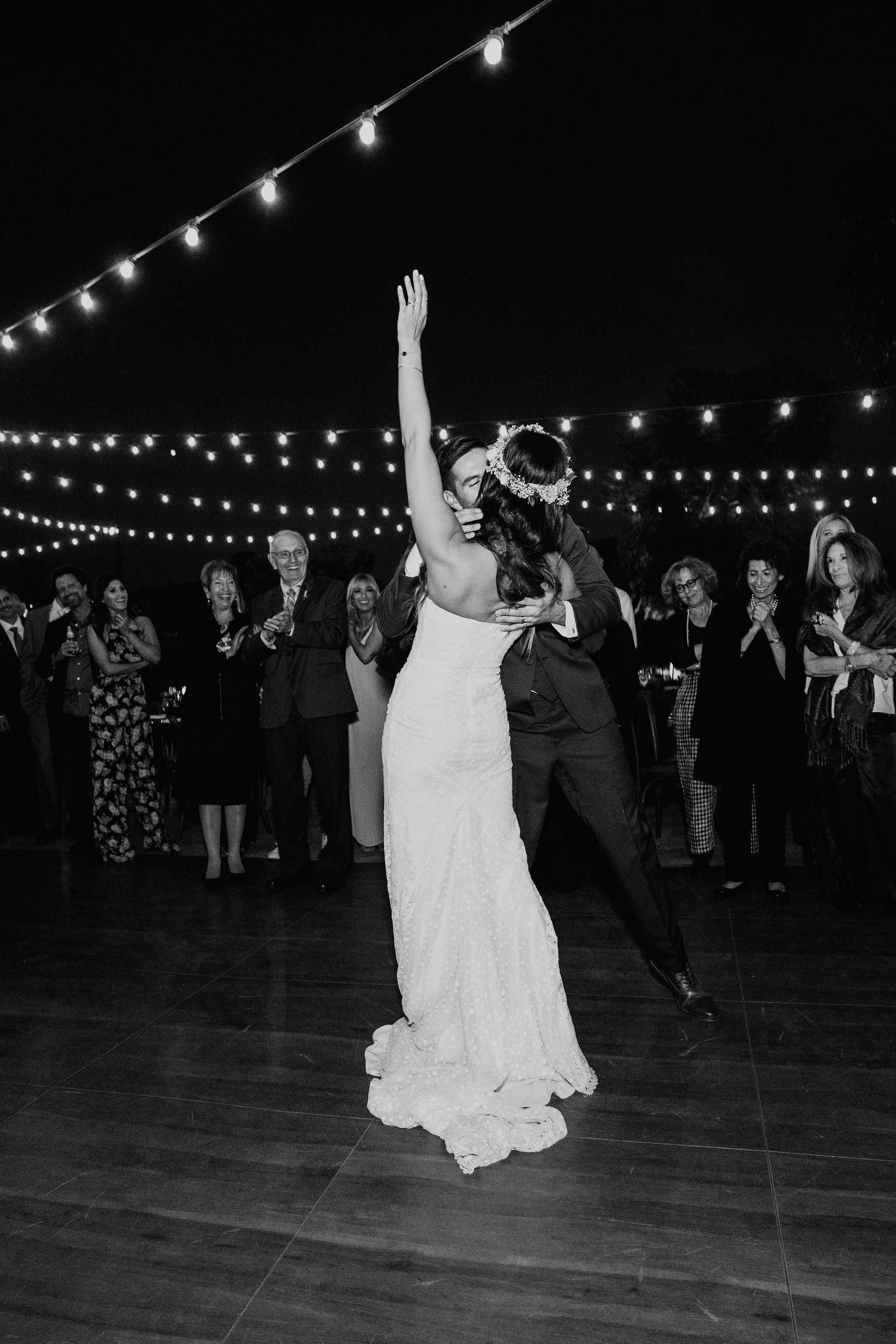 WalnutGroveWedding_Geoff&LyndsiPhotography_Casie&Matt_Reception49.jpg