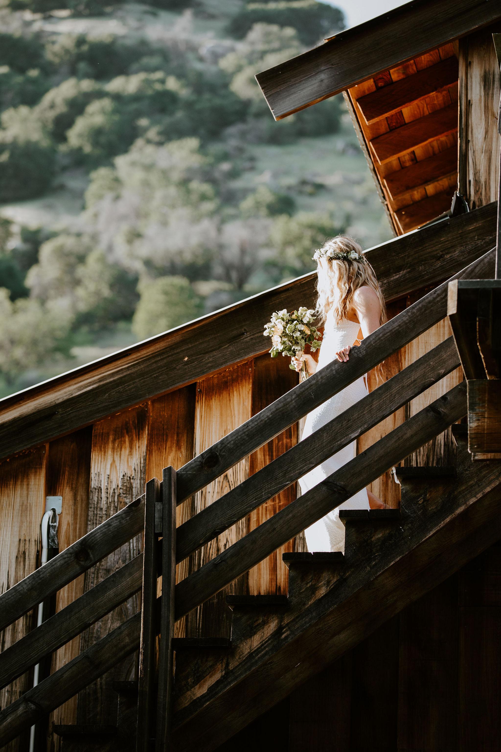 RedwoodRanch_Geoff&LyndsiPhotography_Mike&Amanda_Romantics1.jpg