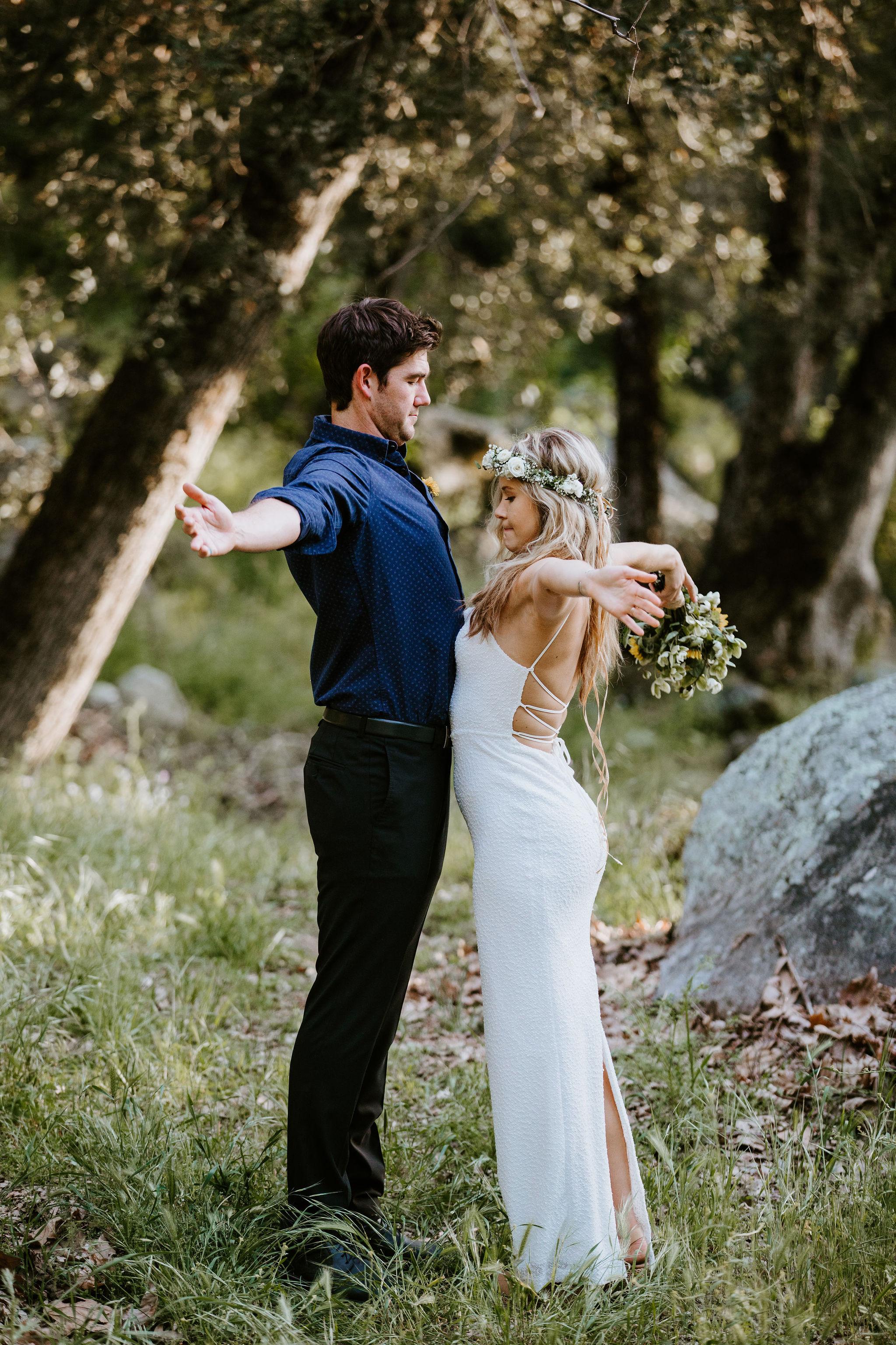 RedwoodRanch_Geoff&LyndsiPhotography_Mike&Amanda_Romantics23.jpg