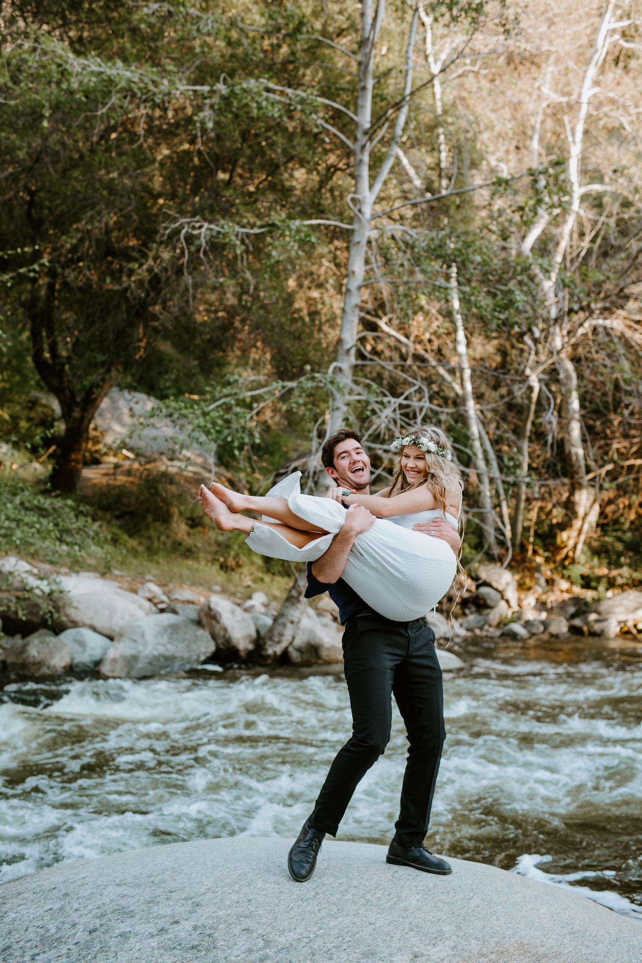 RedwoodRanch_Geoff&LyndsiPhotography_Mike&Amanda_Romantics67.jpg