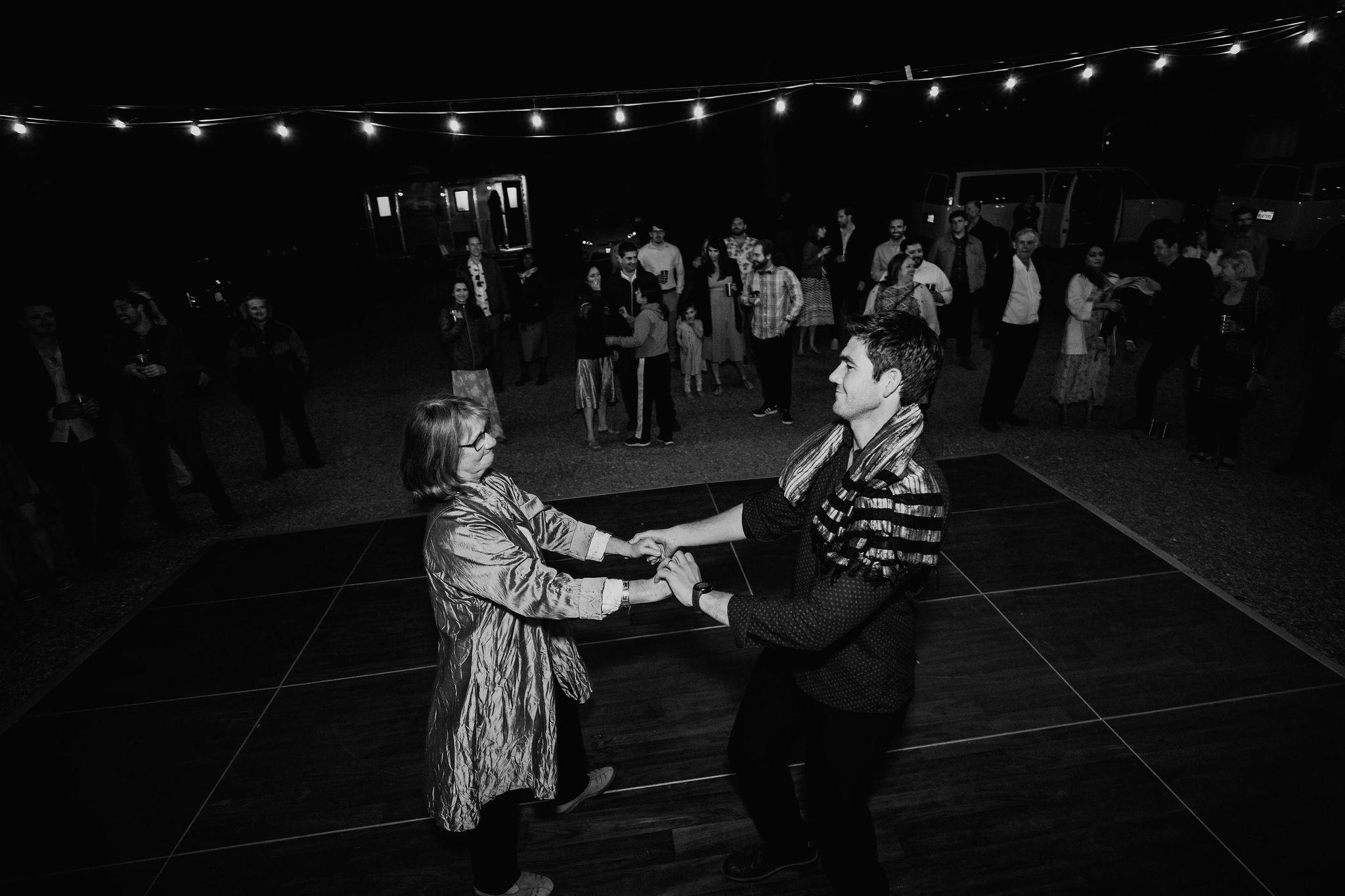 RedwoodRanch_Geoff&LyndsiPhotography_Mike&Amanda_Reception119.jpg