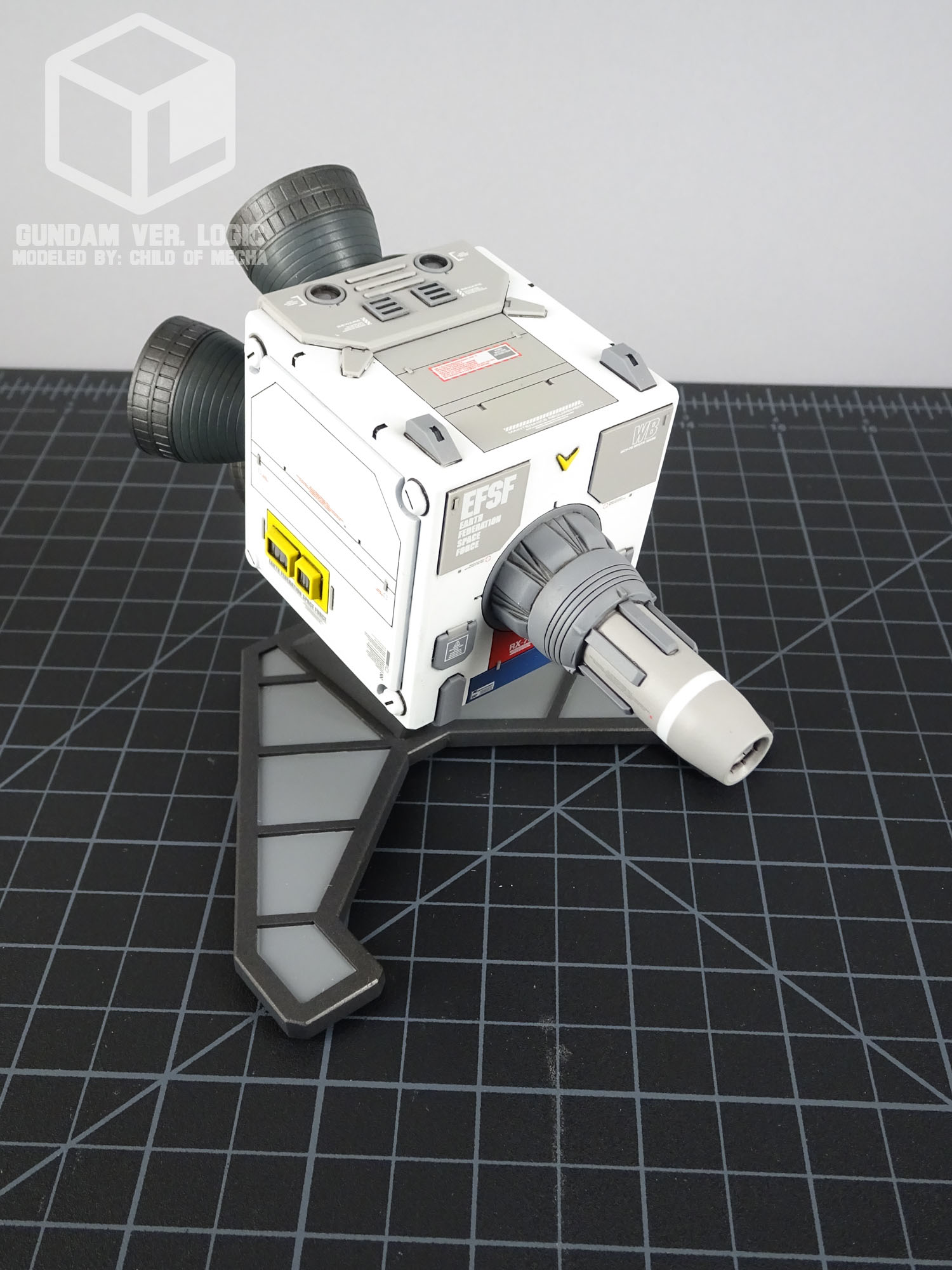 Gundam ver. Logic (09).jpg