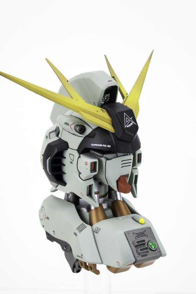 Nu Gundam Head - 008.jpg