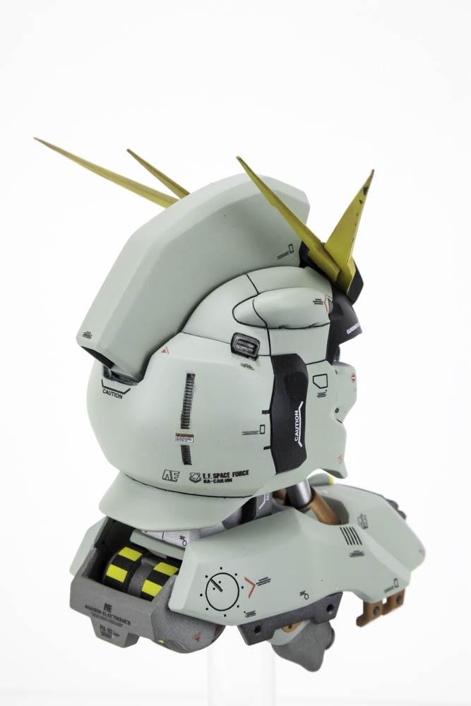 Nu Gundam Head - 010.jpg