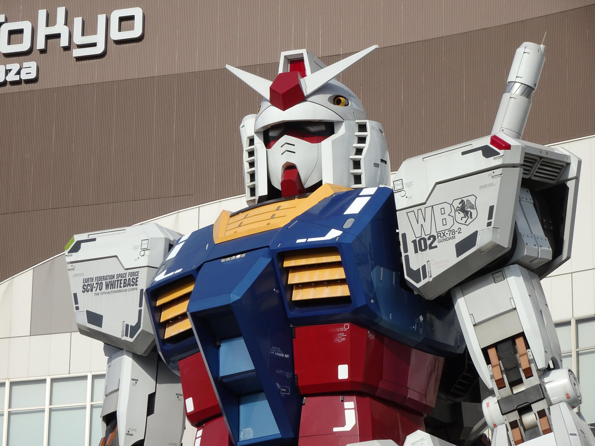 RX-78-2 Gundam 1-1 Statue - 079.jpg