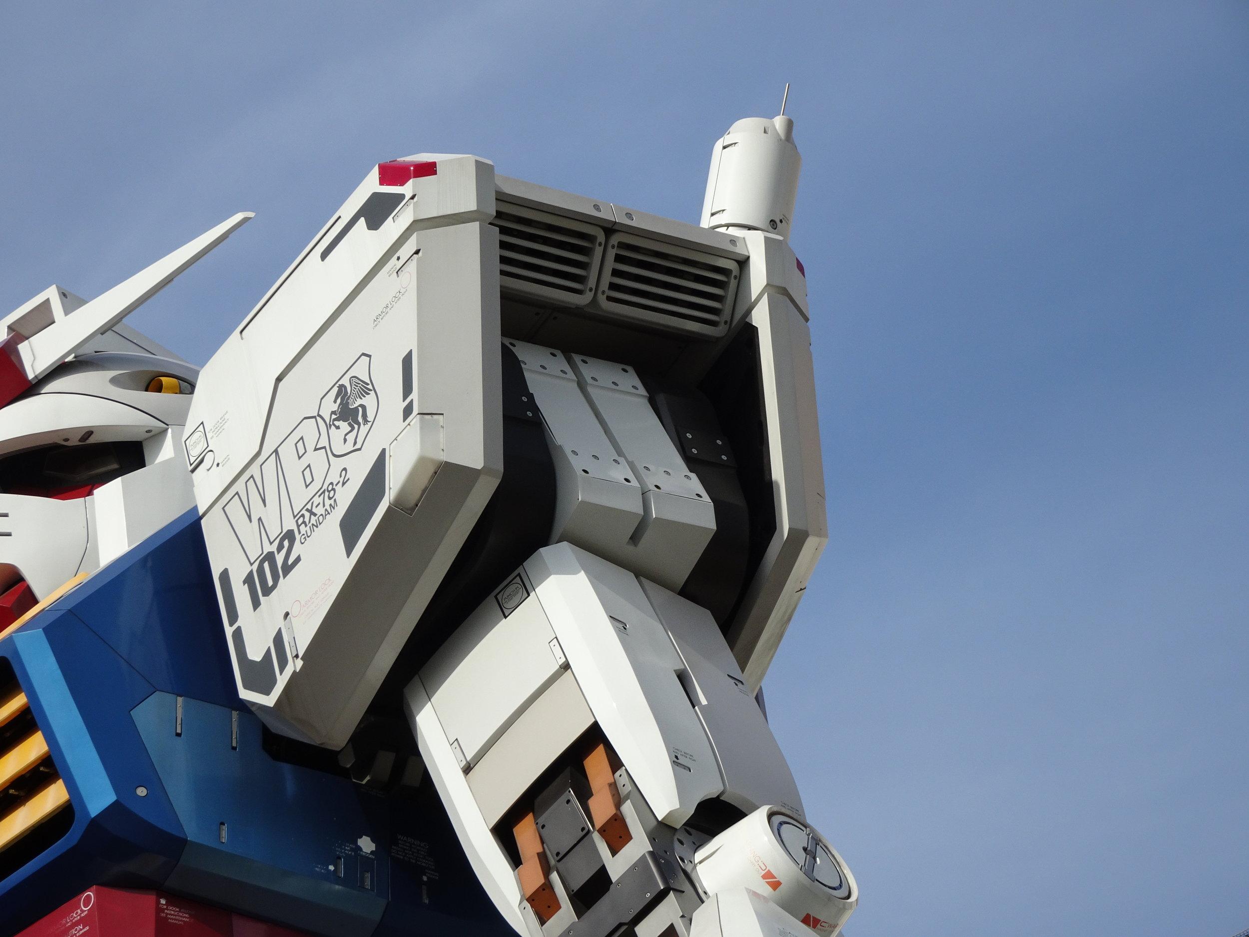 RX-78-2 Gundam 1-1 Statue - 088.jpg