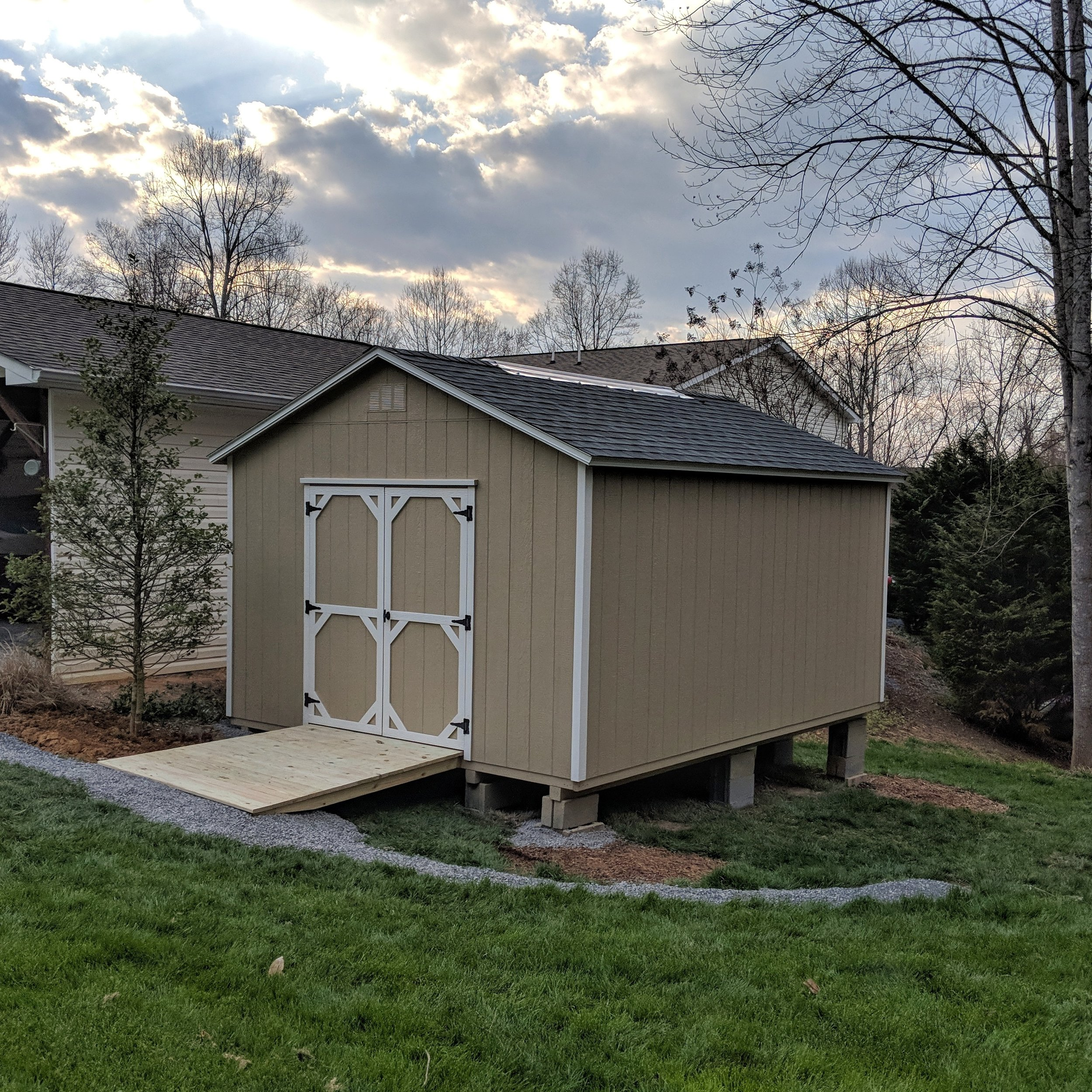 12' x 16' Cottage