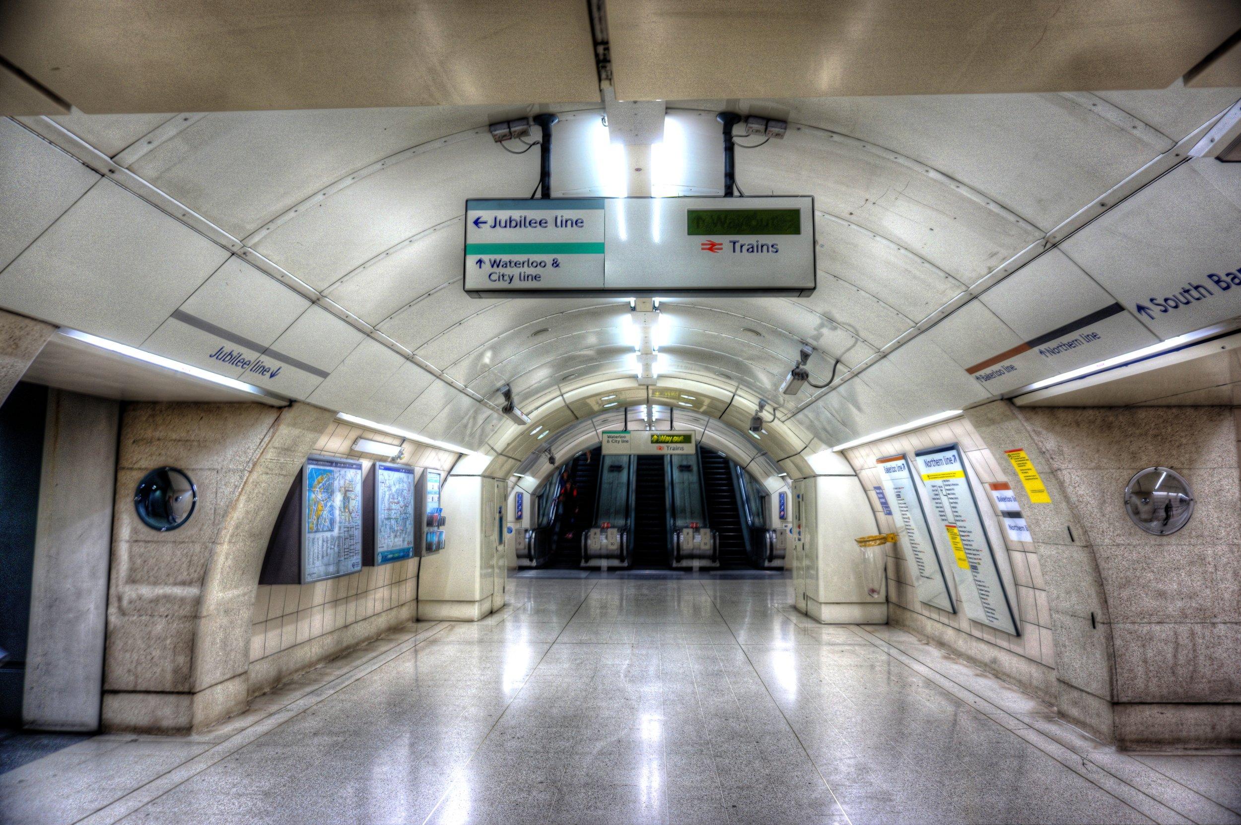 london tube.jpg