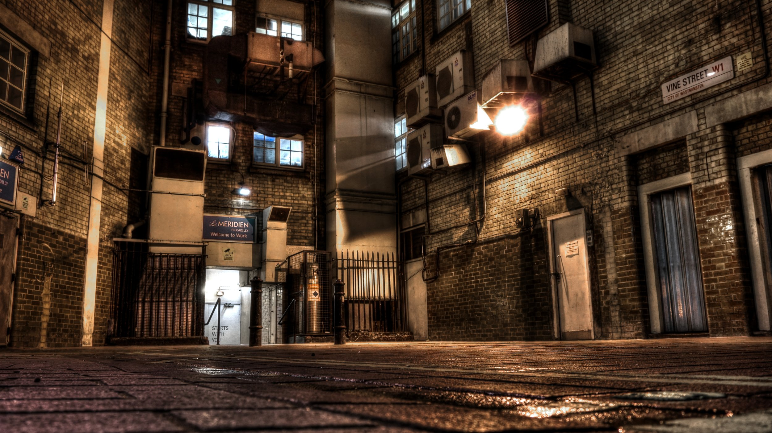 london5vinestreet.jpg