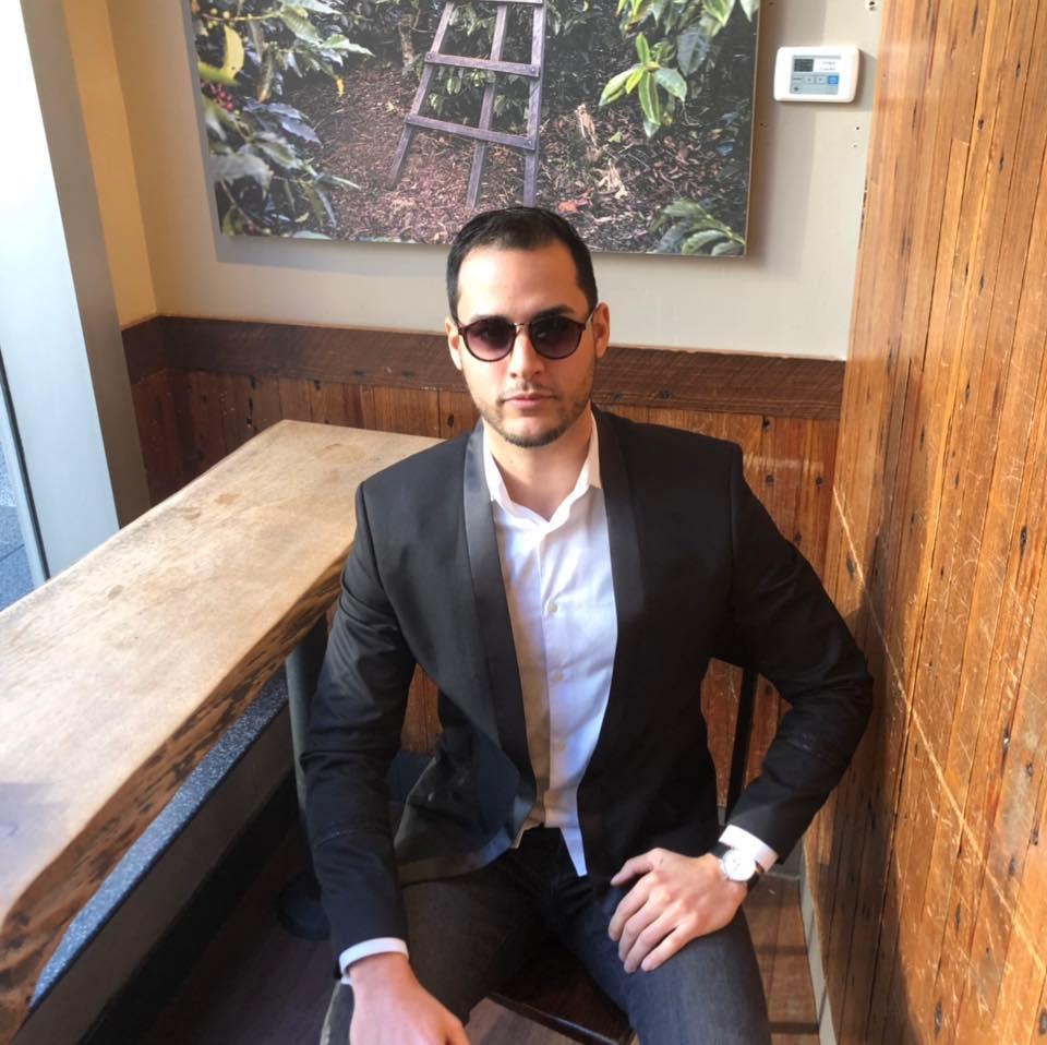 VI Founder Oliver Vasquez.jpg