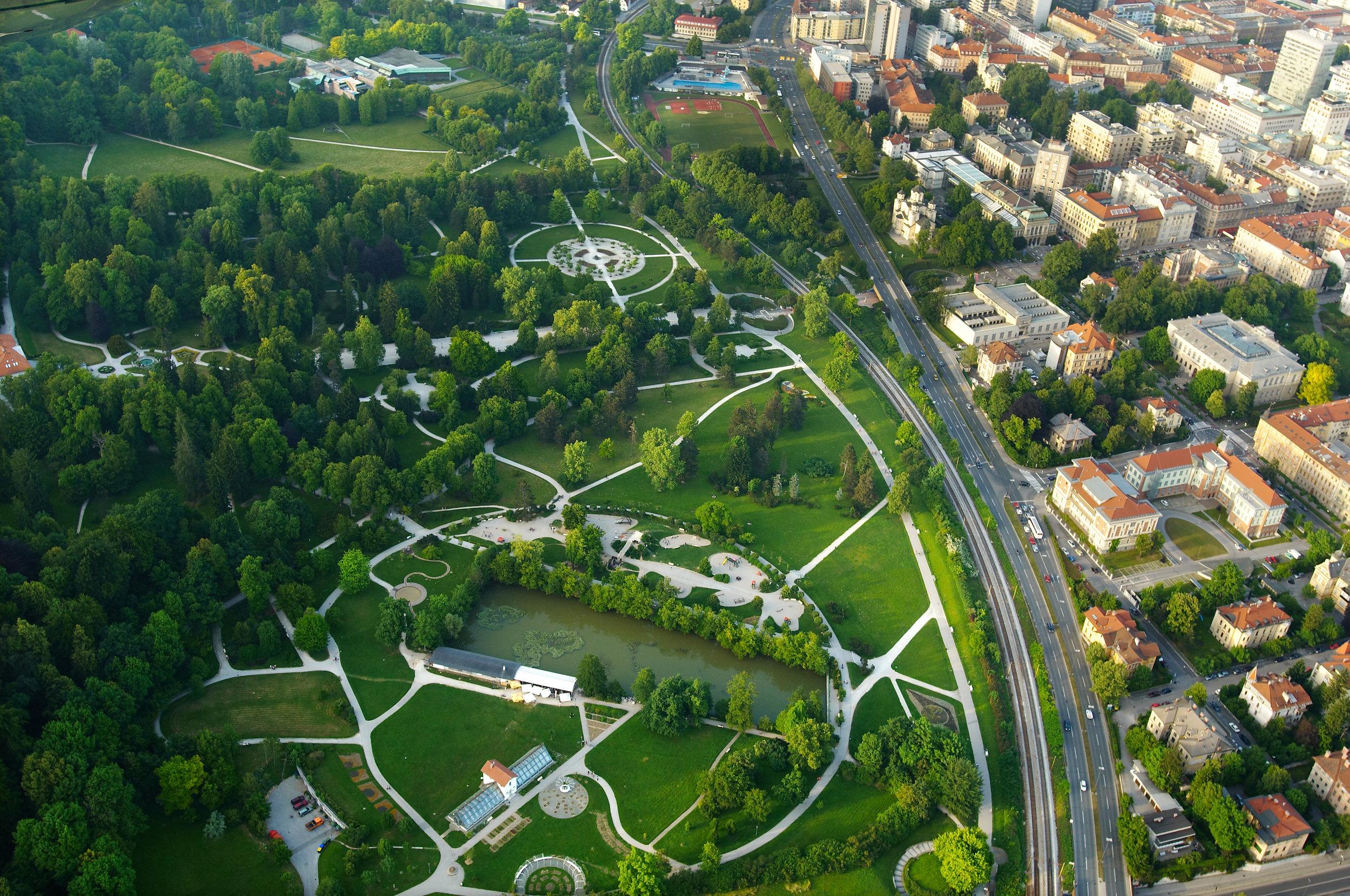 park-tivoli_tomo_jeseninik_mostphotos-arhiv-turizem-ljubljana.jpg